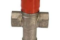 Válvula Termostática Giacomini R156